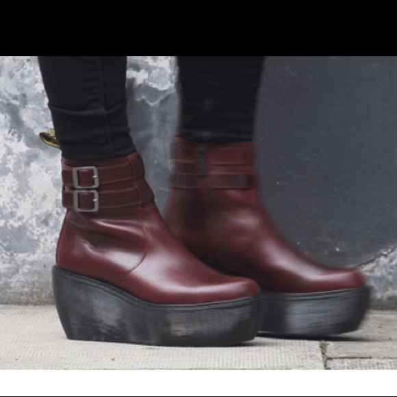 50c09ed678b Dr. Martens Shoes - Dr. Martens wedge platform Caitlin boots